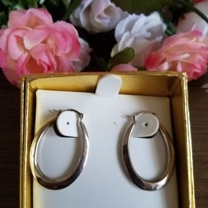 NEW 10KT GOLD HOOPS